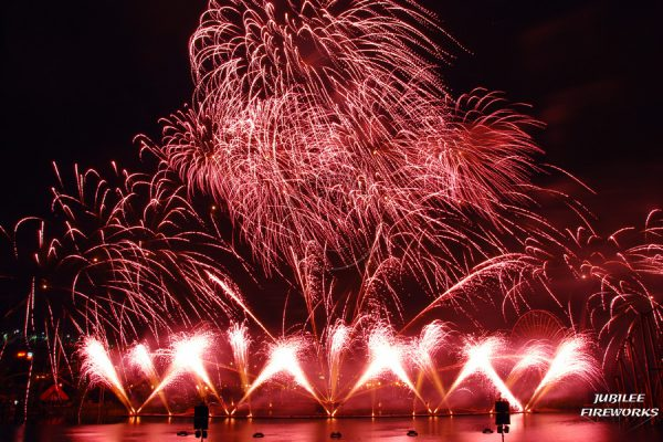 Jubilee Fireworks Montreal L'International Des Feux D'Artifice 2015 4