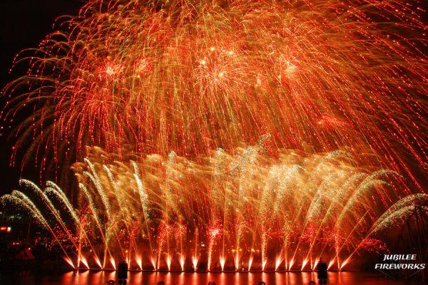 Jubilee Fireworks Montreal L'International Des Feux D'Artifice 2015 5