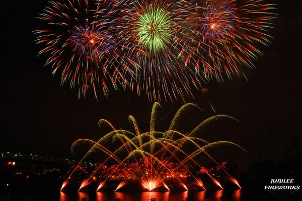 Jubilee Fireworks Montreal L'International Des Feux D'Artifice 2015 6